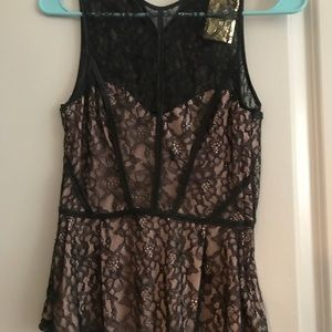 H&M Tops - Lace top